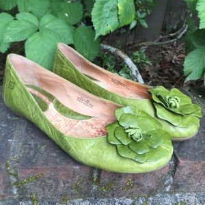 Born Green Leather Flats Size 10